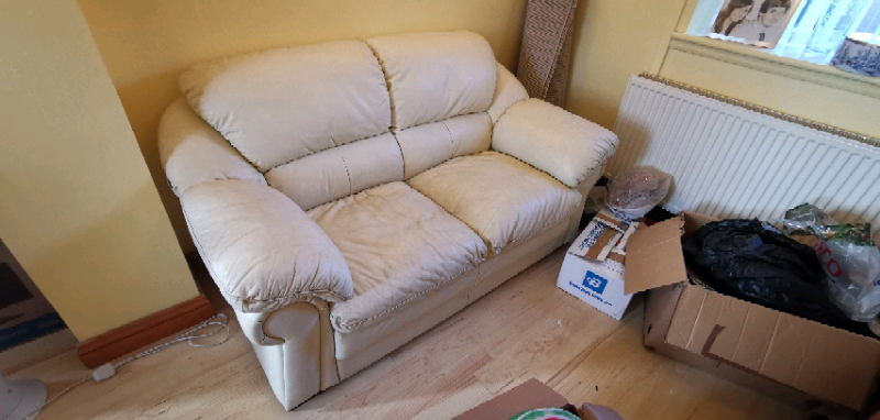 2 Piece Leather Cream / White Sofa - Collection Only | In Ammanford, Carmarthenshire | Gumtree