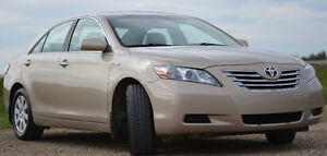 2009 Toyota Camry. XLE. Hybrid. Fully loaded