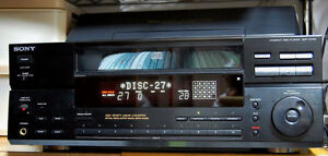 DISK MEGASTORAGE STEREO CD PLAYER/CHANGER SONY CDP-CX100 CD-10 West Island Greater Montréal image 6
