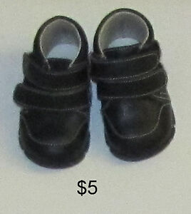 Baby girl shoes size 2