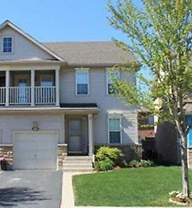 5 BEDROOM STUDENT HOME ACROSS NIAGARA COLLEGE, OUTLET MALL!