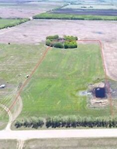 10 ACRES WITH DUGOUT, MINUTES FROM PROVINCIAL PARK!