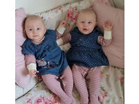Au-Pair needed for 11 months old girls