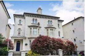 Two bedroom flat to rent in Seaside Road, Eastbourne, BN21