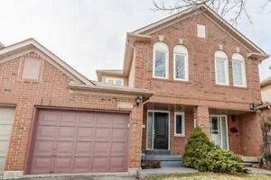 **Rare 2-Storey 3Br Townhome**3 Bed 2 Washroom**