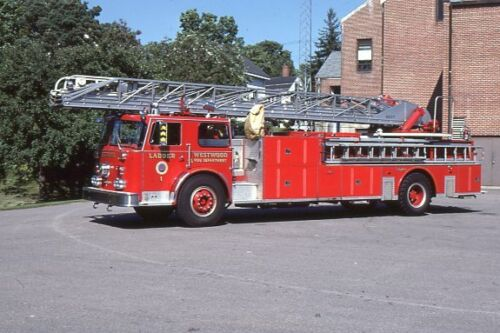 Westwood MA Ladder 1 1979 Seagrave 100