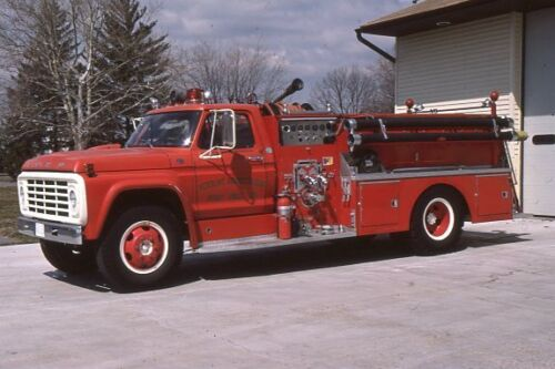 Perry Point V.A. Hospital 1974 Ford F750 FTI Pumper - Fire Apparatus Slide