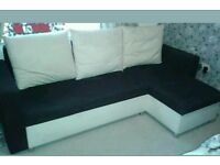 Corner sofa bed. Was £750 now only £260. *Delivery available*