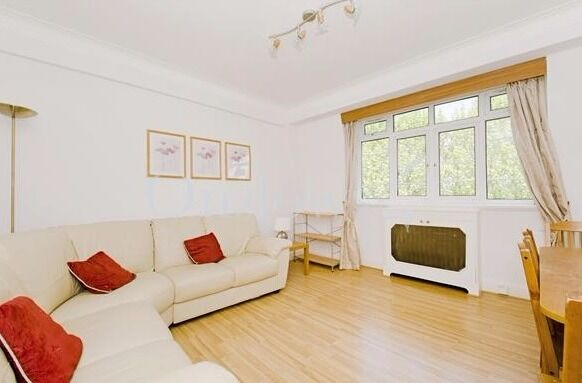 Large one bed flat int he heart of Kensington, Heating and Hot water included