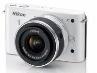 Nikon 1 J1 (White) Interchangeable Lens Digital Camera Kit - Excellent Condition - Boxed