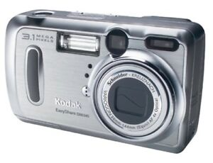 Kodak DX6340 Digital Camera with Rechargeable batteries and Case