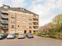 2 Bedroom Apartment in PowderHall Riggs, Canonmills