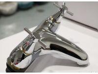 NEW MODERN CROSS HEAD DECK MOUNTED BATH FILLER TAP IN CHROME RRP £295
