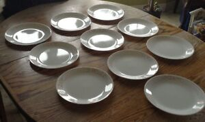 "VTG 10 GRANDES ASSIETTES ""CORELLE BY CORNING"" MADE IN USA Gatineau Ottawa / Gatineau Area image 3"