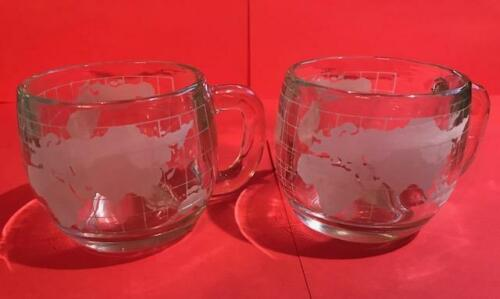 VINTAGE 2 NESTLE WORLD GLOBE ETCHED FROSTED GLASS MUGS CUPS COCOA COFFEE 1970