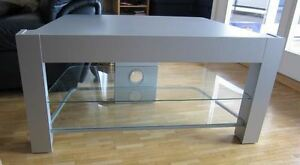 IKEA TV Stand, meuble TV West Island Greater Montréal image 1