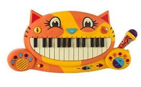 B Toys musical keyboard cat shaped for kids