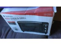 Goodmans Mini Oven and Grill - Good Condition
