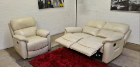 Harvey's- Italian Leather Recliner 2 Seater & Armchair - Only £199!!