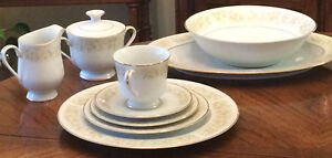 Dinnerware 8 Place setting