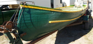 22' Teslin Freighter Canoe For Sale