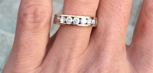 14k yellow gold band. Total weight 1k