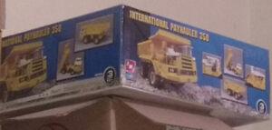 1/25 Scale Model trucks/trailers