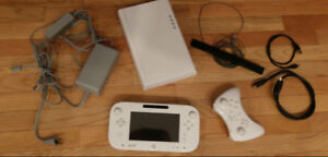 Wii U System. Controllers, Memory Card - Modded System