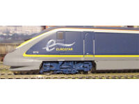 Hornby R1176. Erostar train set in revised livery.