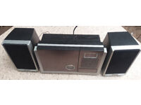 AGK micro stereo CD radio with 2 speakers and remote - good used condition