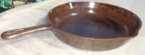 Rare Griswold 9 inch cast iron skillet