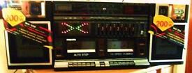 1980S BOOMBOX NEW IN BOX WITH INSTRUCTIONS LAST ONE