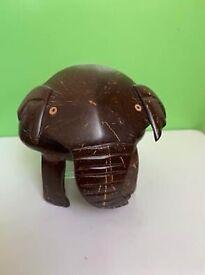 Collectors item ornament head shakiy elegant elegant elephant