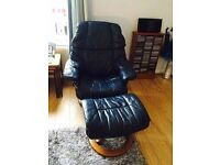 2x Leather recliners (Erkones) and foot stools