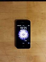 Apple iPhone 4s - 16GB - Black (With Rogers) Smartphone