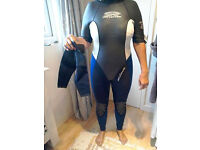 Woman's size 12 wetsuit Gul Elise full length wetsuit with detachable sleeves