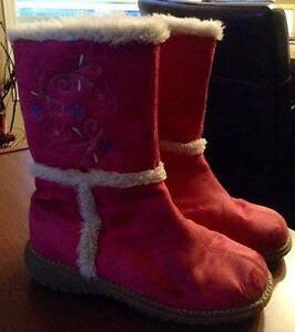 Girl Pink Fall boots - size 3
