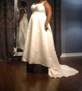 Ivory size 18 wedding dress