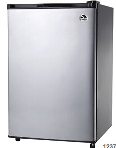 Igloo FR465 4.5-cu-ft Freestanding Compact Refrigerator (Stainle