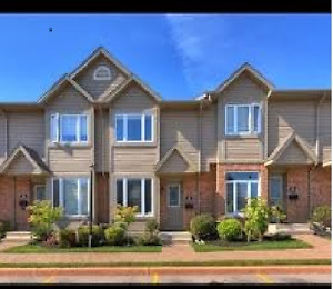 3 bdrs townhouse with finished Basement