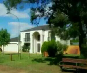 SHARE ONE OF FIVE BEDROOM HOUSE NEAR CURTIN UNIVERSITY Karawara South Perth Area Preview