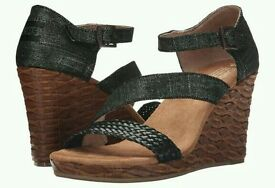 NEW Black Metallic TOMS Wedge Sandals Size UK7