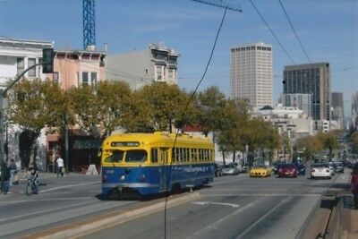 TRAM/BUS PHOTO PHOTOGRAPH OF A YELLOW AND BLUE USA SALOON STREETCAR,AMERICA.