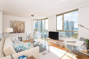 1 bedroom and den with spectacular False Creek view (Yaletown)