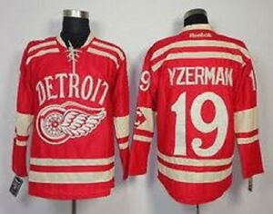 DETROIT RED WINGS STEVE YZERMAN #19 JERSEY Size (XL)