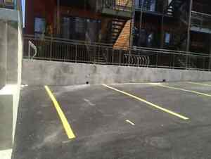 Outdoor parking for rent // Close to Atwater Market
