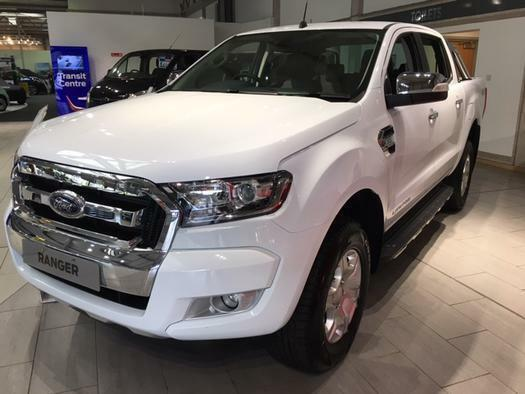 2016 ford ranger pick up double cab limited 2 3 2 tdci 200 diesel double cab pic in aylesbury. Black Bedroom Furniture Sets. Home Design Ideas