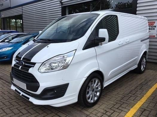 2018 ford transit custom 2 0 tdci 170ps low roof sport van diesel in aylesbury. Black Bedroom Furniture Sets. Home Design Ideas