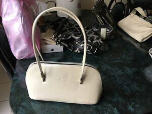 used CaiDi Collection Purse