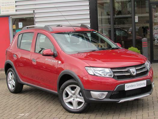 2016 dacia sandero stepway 1 5 dci laureate 5 door diesel hatchback in aylesbury. Black Bedroom Furniture Sets. Home Design Ideas